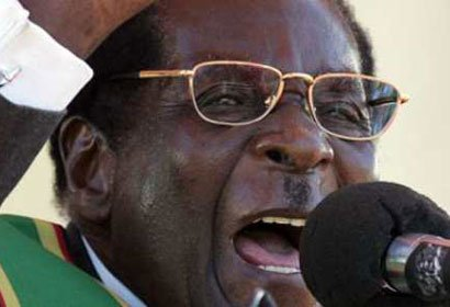 Photo of Mugabe calls for beheading of gays in Zimbabwe