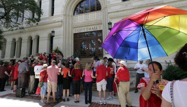 Photo of San Antonio passes non-discrimination ordinance