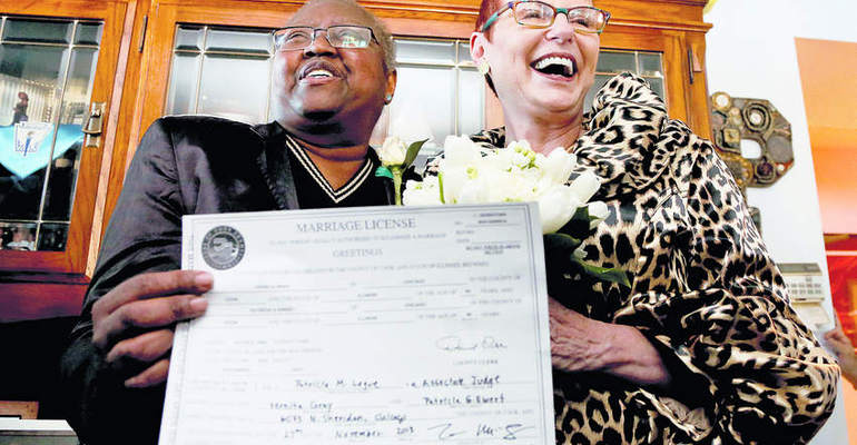 Photo of Cook County, Ill. now giving marriage licenses to same-sex couples