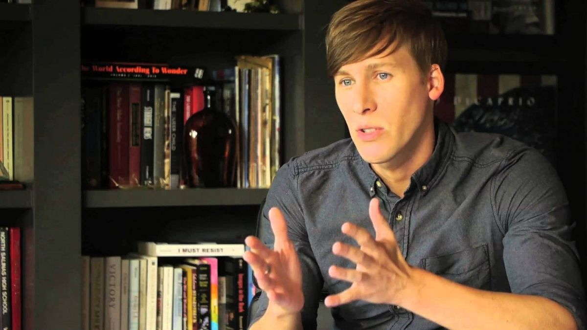 Photo of Dustin Lance Black re-invited to speak at alma mater's commencement