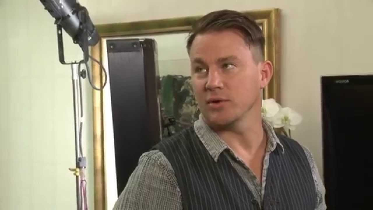 Photo of Video: The new male greet: the dick graze ala Channing Tatum