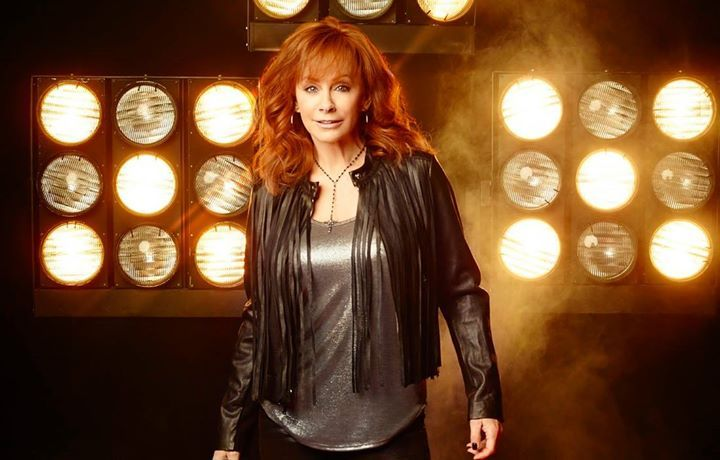 Photo of Reba McEntire: Your country 'conduit'