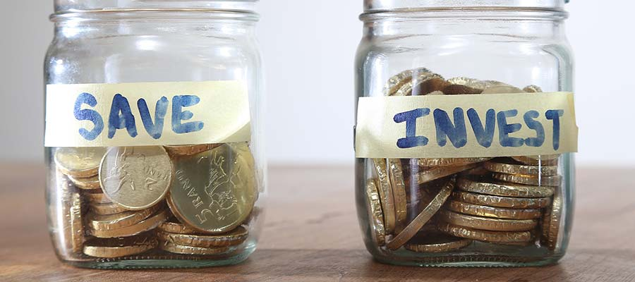 Photo of 10 essential money tips for new gay grads