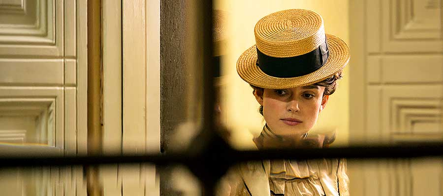 Photo of Keira Knightley werks the queer narrative