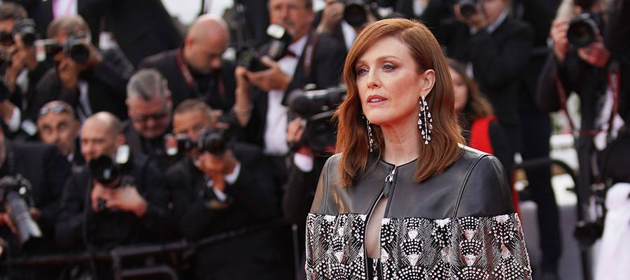 Photo of Julianne Moore is a 'Mothertrucker'