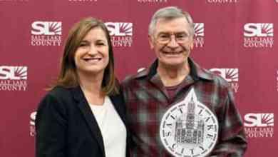Photo of SL County Mayor Jenny Wilson endorses Pete Buttigieg for president